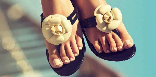 Comment avoir de beaux pieds dans ses sandales