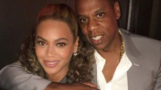 Jay Z : il protège Beyoncé d'un fan intrusif